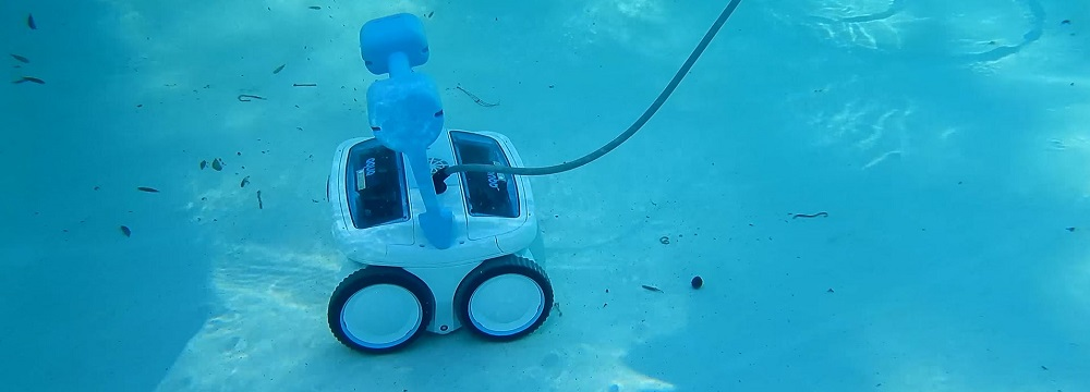 Aquabot ABREEZ4WD Breeze 4WD Robotic Pool Cleaner Review