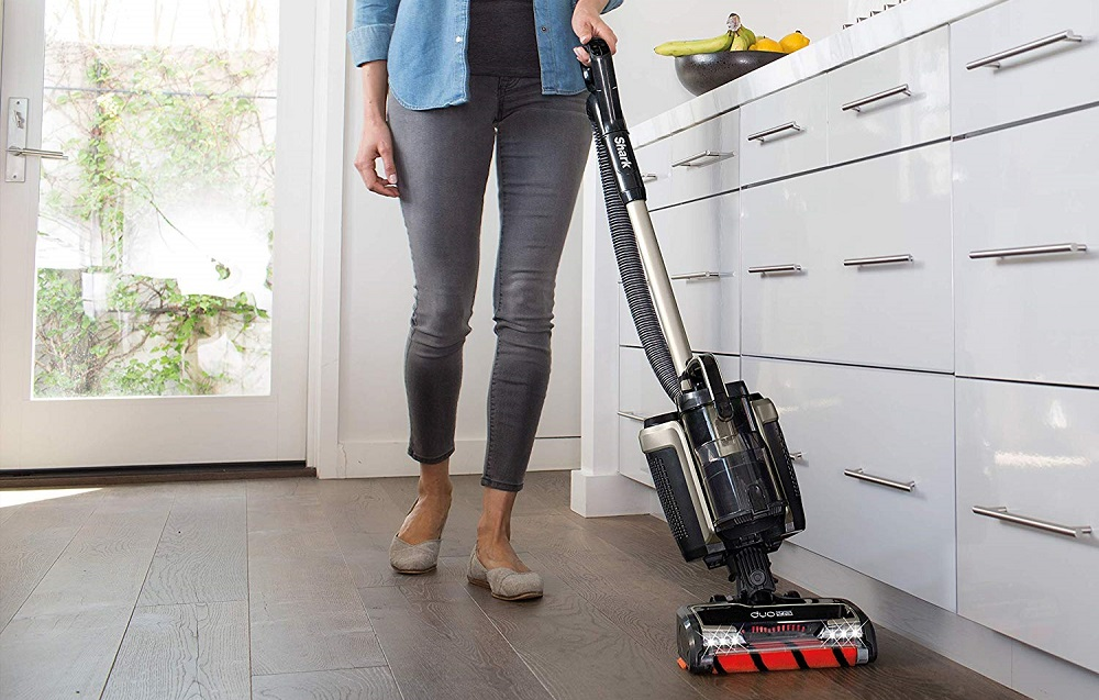 Shark ION P50 - IC162 Lightweight Cordless Upright Vacuum Review