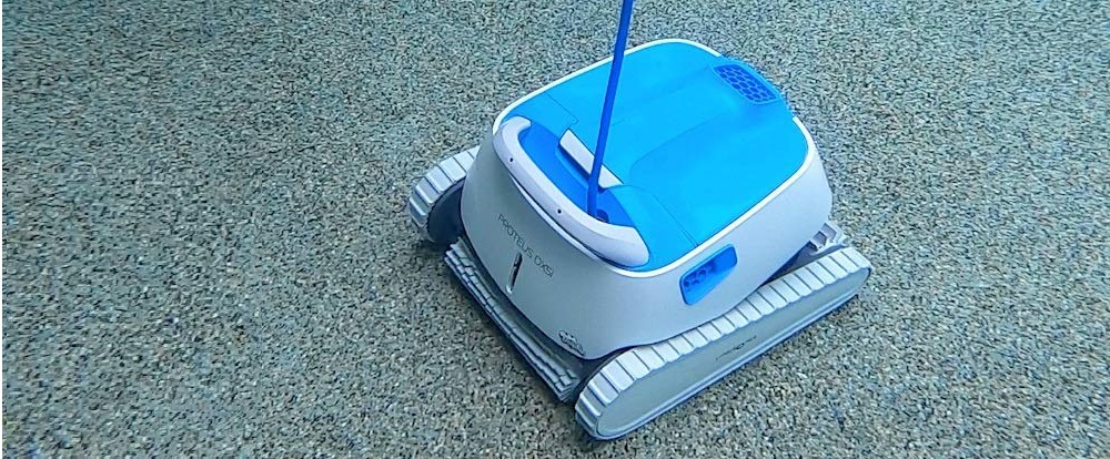 Dolphin Proteus DX5i Robotic Pool Cleaner