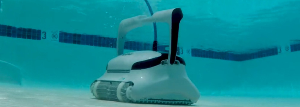 Dolphin C3 Commercial Robotic Pool Cleaner Review