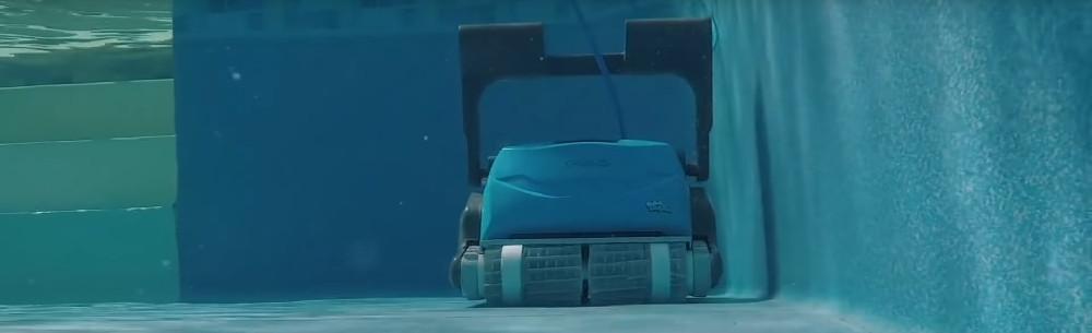 Dolphin Oasis Z5i vs. Nautilus CC Supreme