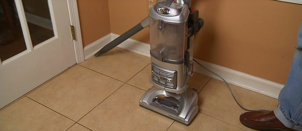 Shark Navigator NV356E Upright Vacuum