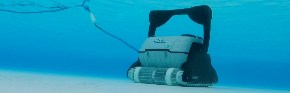Best Robotic Pool Cleaners for Commercial Use