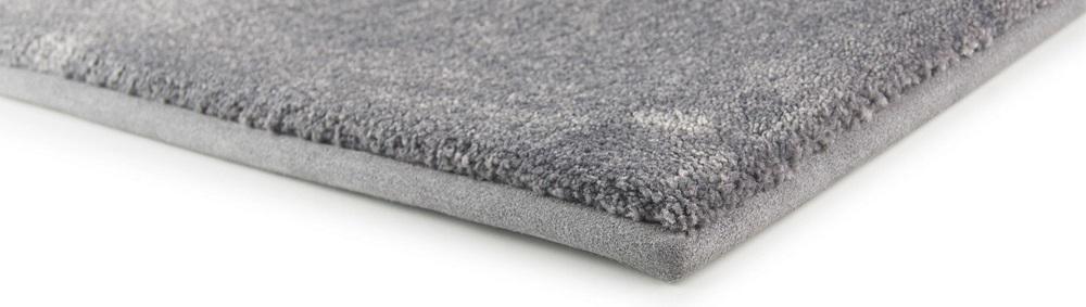 Nylon vs Polyester Carpets